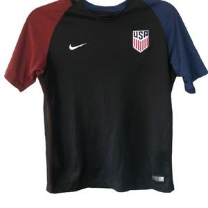 Nike dri Fit USA shirt